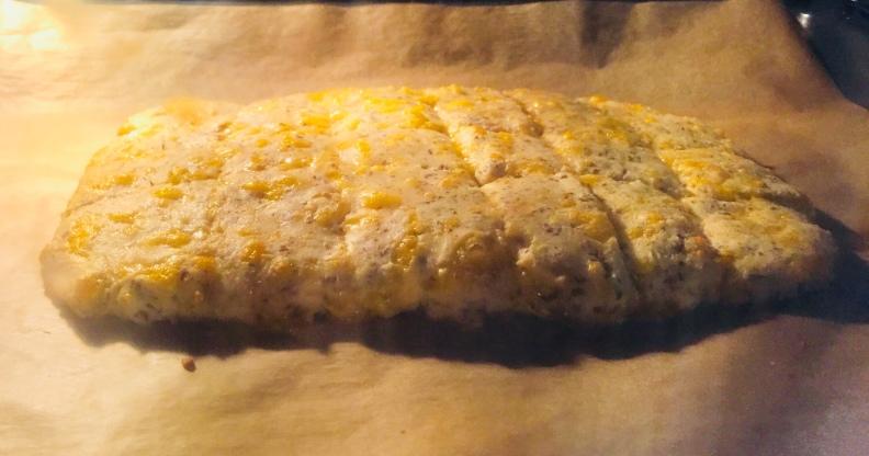 juustoleipä10