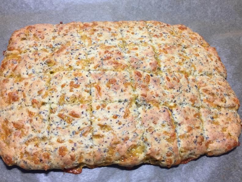 juustoleipä11